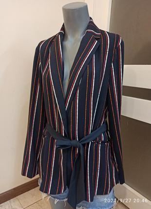 Стильный пиджак m&s в полоску на поясе uk12 /s-m