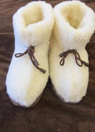 Скидки.  домашние сапожки чуни из овечьей шерсти3 фото