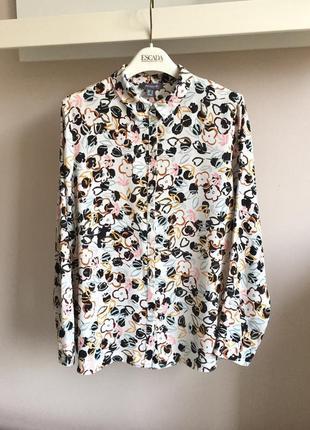 Стильная блуза с цветочным принтом