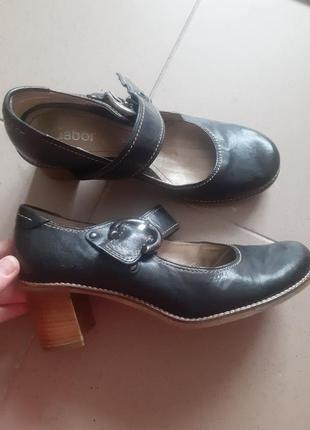 Туфли кожанные,туфли фирменные
