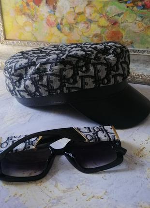Трендовая брендовыая кепка картуз с модной текстурой текстиль+кожзам