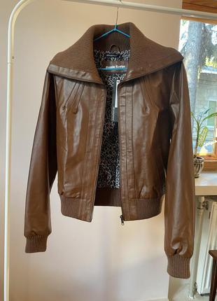 Курточка з екошкіри