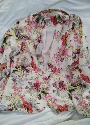 Жакет пиджак в цветы atmosphere