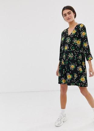 Monki чёрное трикотажное платье в зеленый жёлтый цветочный принт новое оверсайз