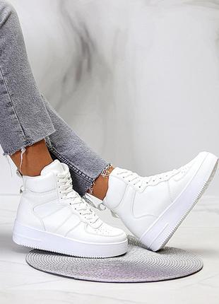 Женские стильные белые кроссовки-хайтопы