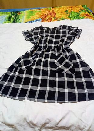 Фирменное платье в клетку