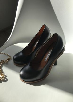 Туфли & other stories чёрные кожаные на каблуку