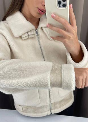Тёплый трендовый пиджак куртка с мехом мягкий с караманами демисезонная  дублёнка бежевая шерстяная светлая