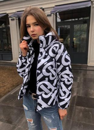 Женская куртка барбери демисезон