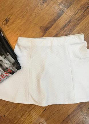 Белая юбка bershka