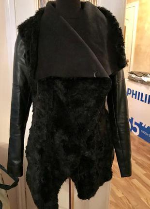 Куртка, пальто с кожаными рукавами bershka