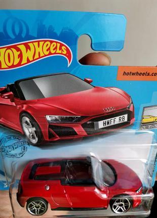Машинка хот вилс hot wheels mattel audi r8 кабриолет