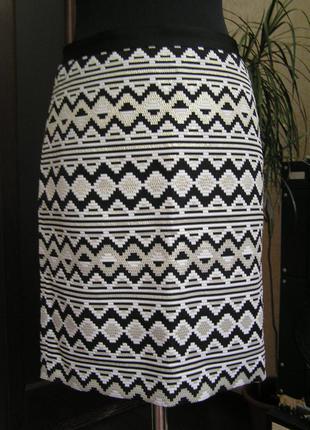 Нарядная шикарная  юбка карандаш из парчи bandolera