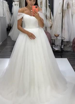 Весільна сукня з салону wow sophie