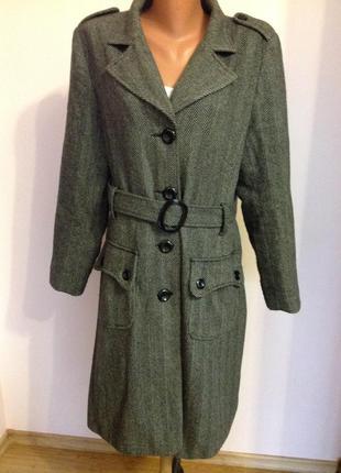 Большое фирменное пальто. шерсть 67% /18/ brend marks& spencer