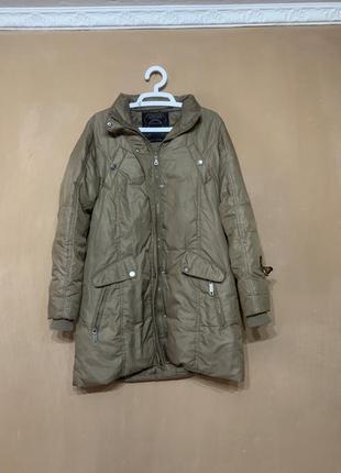 Пуховый плащ пальто размер m , зима , очень тёплый , не продуваемый