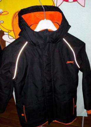 Фирменная курточка деми