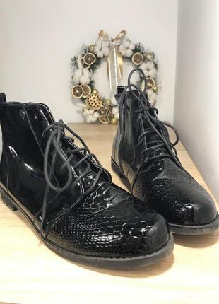 Осенние ботинки 40р