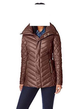 Красивая куртка пуховик от американского бренда, размер m