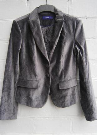 Бархатный велюровый пиджак