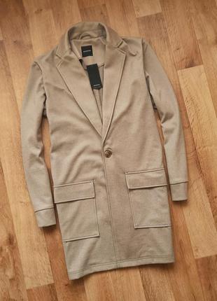 Reserved трикотажное пальто
