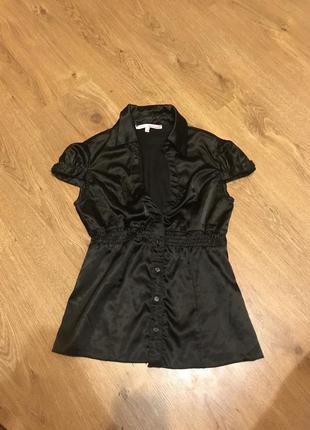 Чёрная атласная блузка
