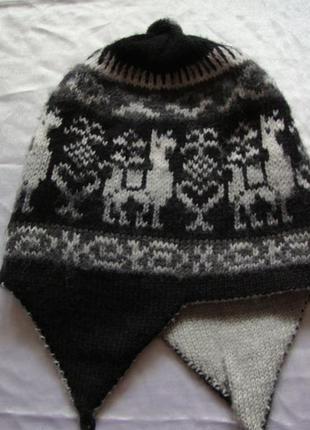 Зимняя шапка шерсть орнамент бубон