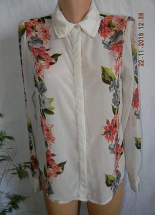 Распродажа,скидки,огромный выбор,бежевая блуза-рубашка с принтом цветы