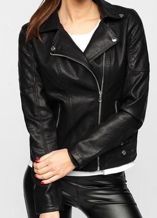 Женская кожаная куртка косуха (бомбер) oodji, размер м (укр 46)