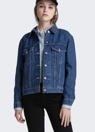 Куртка джинсова жіноча levi's  ex-boyfriend trucker jacket куртка джинсовая левис оригінал