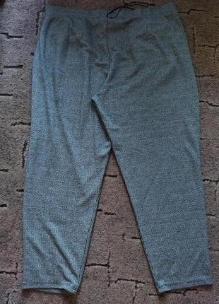 Классные брюки 54 размера