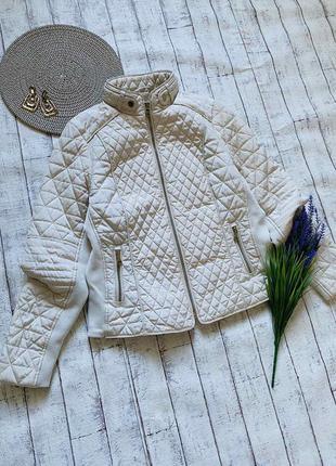 Стильная плотная куртка весна-осень