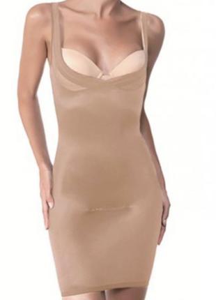 Шикарное утягивающее платье m&s