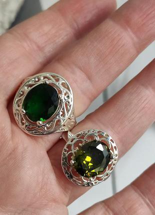 Два кольца 18 размер 925 проба.