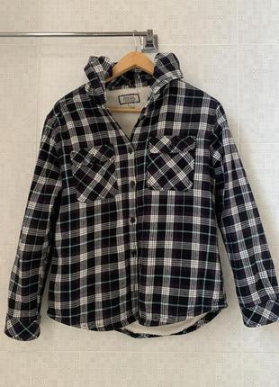 Рубашка с капюшоном на меху р48 (англия)