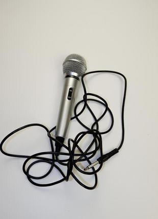 Микрофон профессиональный динамический проводной pro-256  imp 600