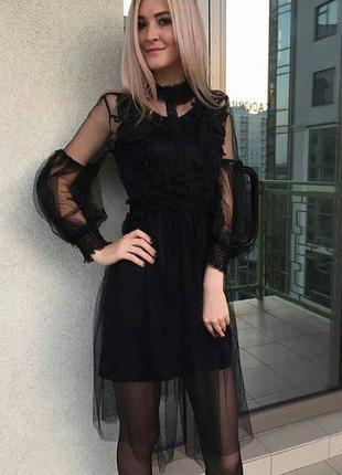 Шикарное платье дорогой фатин и шелк армани черное и бежевое