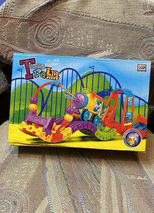 Игрушка развивающая tomy play to learn волшебный паровозик
