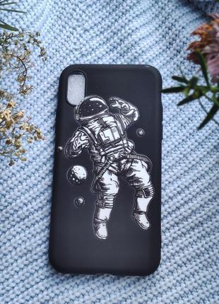 Чорний чохол на iphone xs черный чехол на iphone xs
