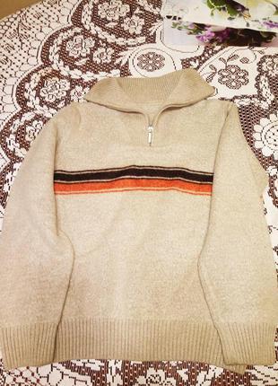 Теплый свитер шерстяной woolmark