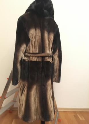 Длинная норковая шуба с капюшоном и поясом