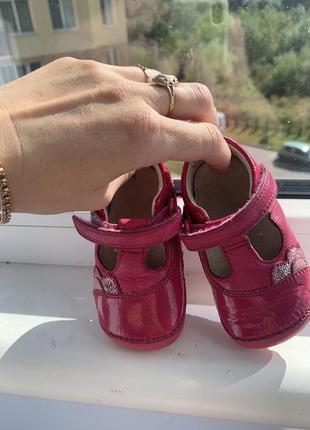 Туфельки, пінетки/ перше взуття clark's 19 розмір