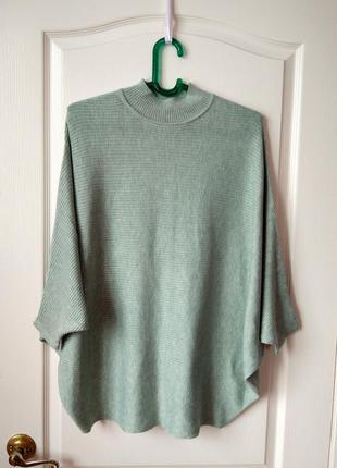 Кастомный свитер мятного цвета в идеальном состоянии