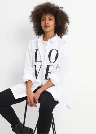 Рубашка oversize с принтом love от mohito 100%хлопок