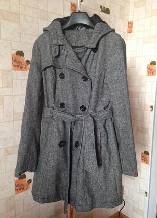 Пальто divided от h&m