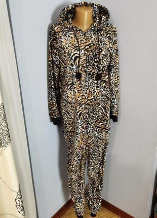 Пижама кегуруми домашний флисовый комбинезон размера 12-14/m
