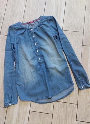 Стильная джинсовая рубашка на юную модницу!! 11-12 лет..рост 146-152 см.. сост.идеал!!