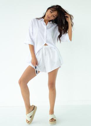 Белый легкий хлопковый костюм комплект рубашка с шортами