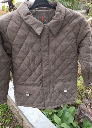 Красивая стеганая куртка