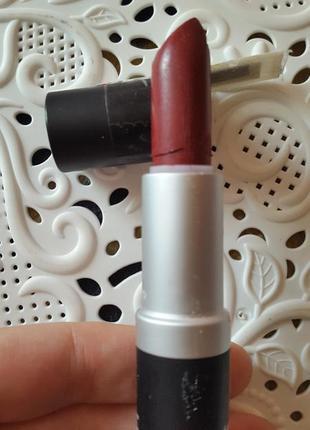 Матовая  помада для губ isabelle dupont matte lipstick